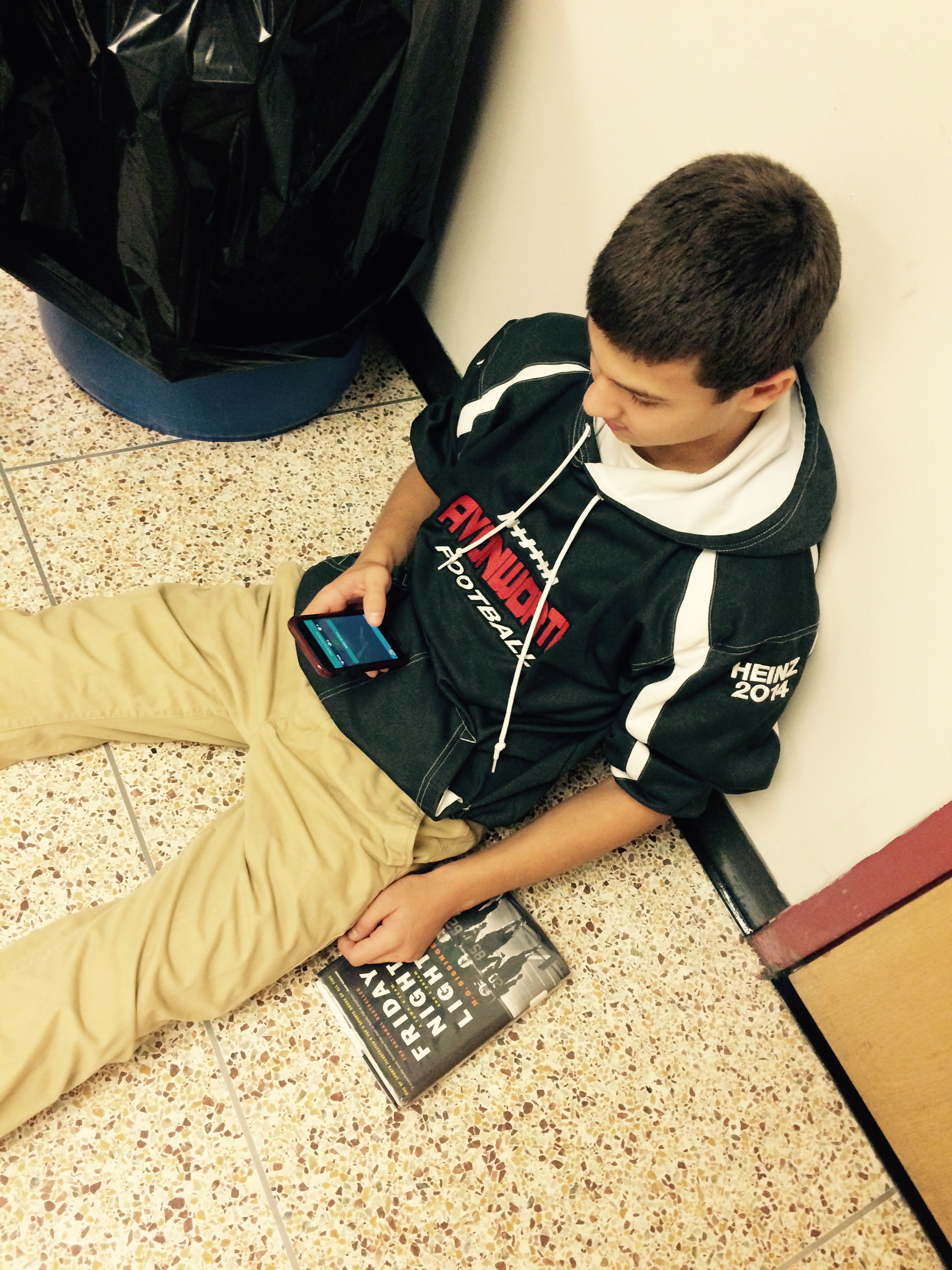Addicted to Apps: Trivia Fad Takes Over AHS – story by Grace Eberhart, Kat Kosko and Liz Padalino